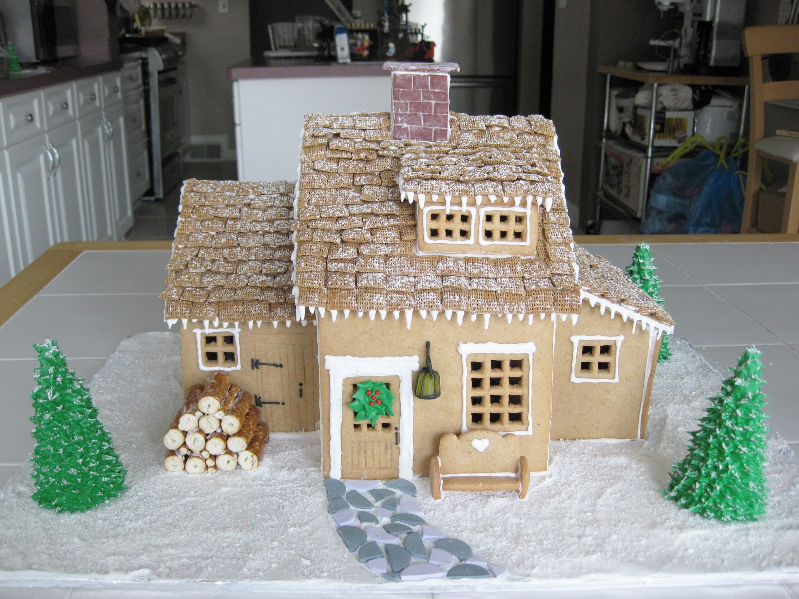 Bloatal Recall: Gingerbread House on butterfly roof designs, church roof designs, gingerbread house chimneys, gingerbread house masonry, garden roof designs, birdhouse roof designs, snow roof designs, gingerbread house details, gingerbread house roofing,