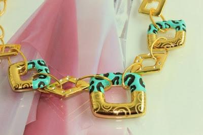 gelin kolyesi 12 2013 Modası Gelinler İçin Renkli Altın Takı Seti Modelleri