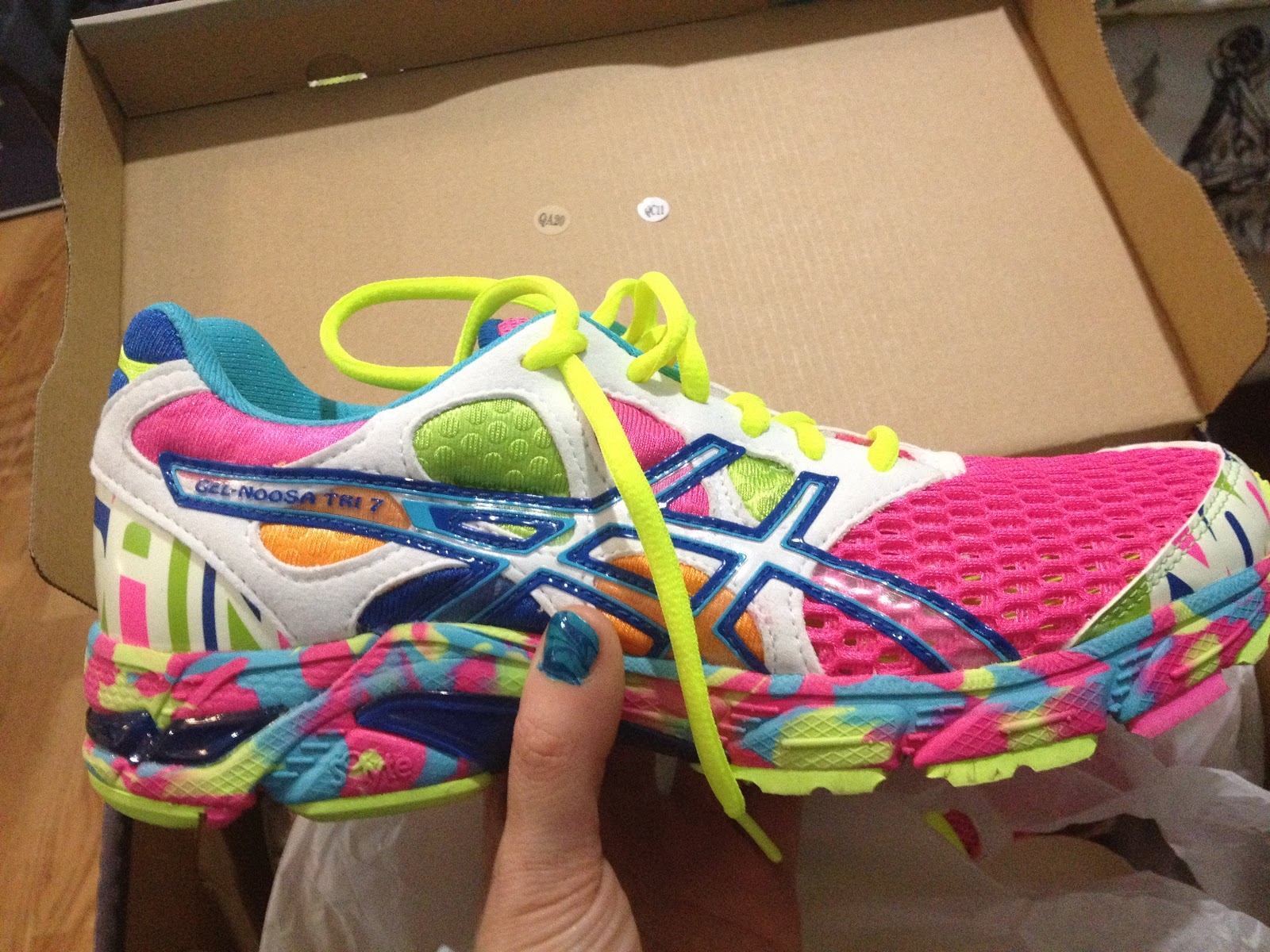 Asics Gel Noosa Tri  Road Running Shoes Women