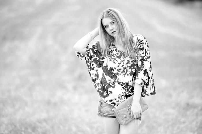 černobílá fotografie, jak udělat profesionální fotky, fotky v poli, srb