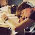 5 Bukti Ilmiah Kurang Tidur Dapat Menurunkan Produktivitas Kerja
