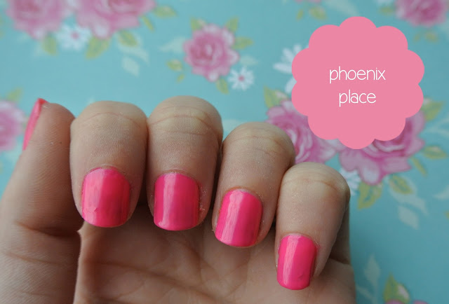 nails inc phoenix place swatch
