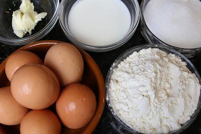 Ingredientes para bizcocho con crema de yema