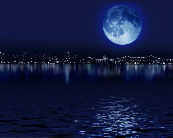 مقياس رائع لاختبار نسبة الذكاء هعهعهع Blue-moon-over-city-