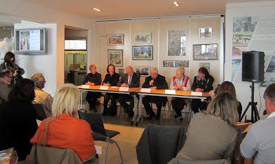 Conférence de presse  6 avril 2012 - GR 10 Hendaye - Banyuls sur Mer