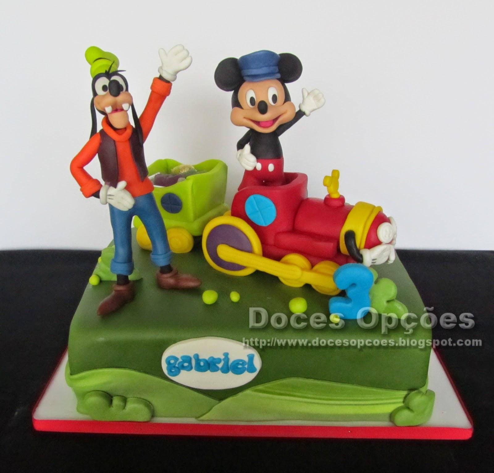 O Mickey e o Pateta vão de comboio ao aniversário do Gabriel