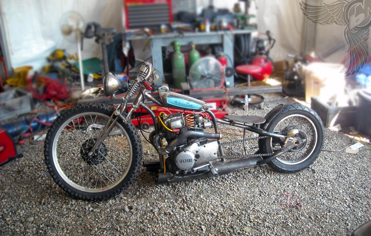 masshole moto 39 s xs400 chopper the pipe dream bikermetric. Black Bedroom Furniture Sets. Home Design Ideas