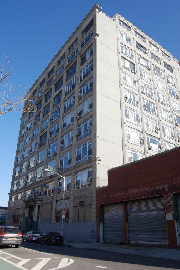 Eric 39 s building blog for Kent avenue apartments