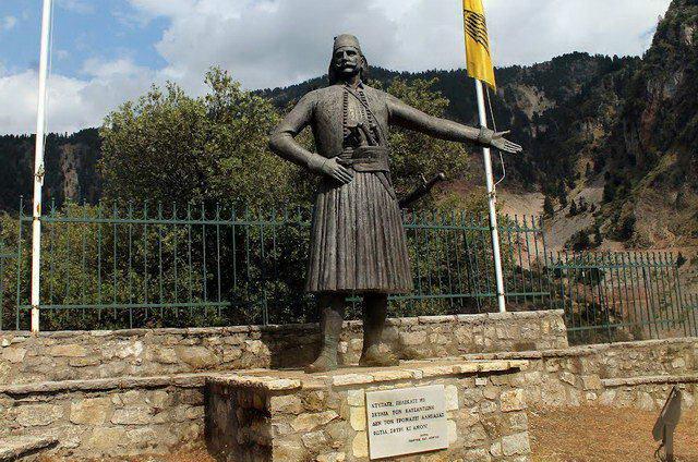 Αποκαλυπτήρια μνημείου Κατσαντώνη στην Αλεξανδρούπολη