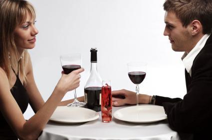 first date - عشرة أخطاء يجب عليك تفاديها في الموعد الأول