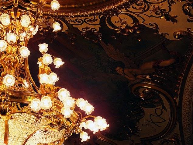 candelabru teatru national iasi