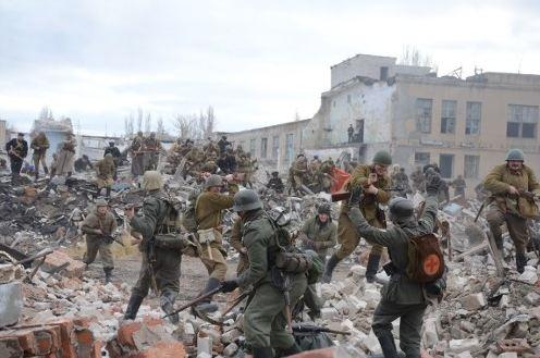 В Новосибирске воссоздали события Сталинградского сражения