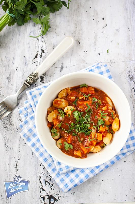 Fasola w pomidorach przepis