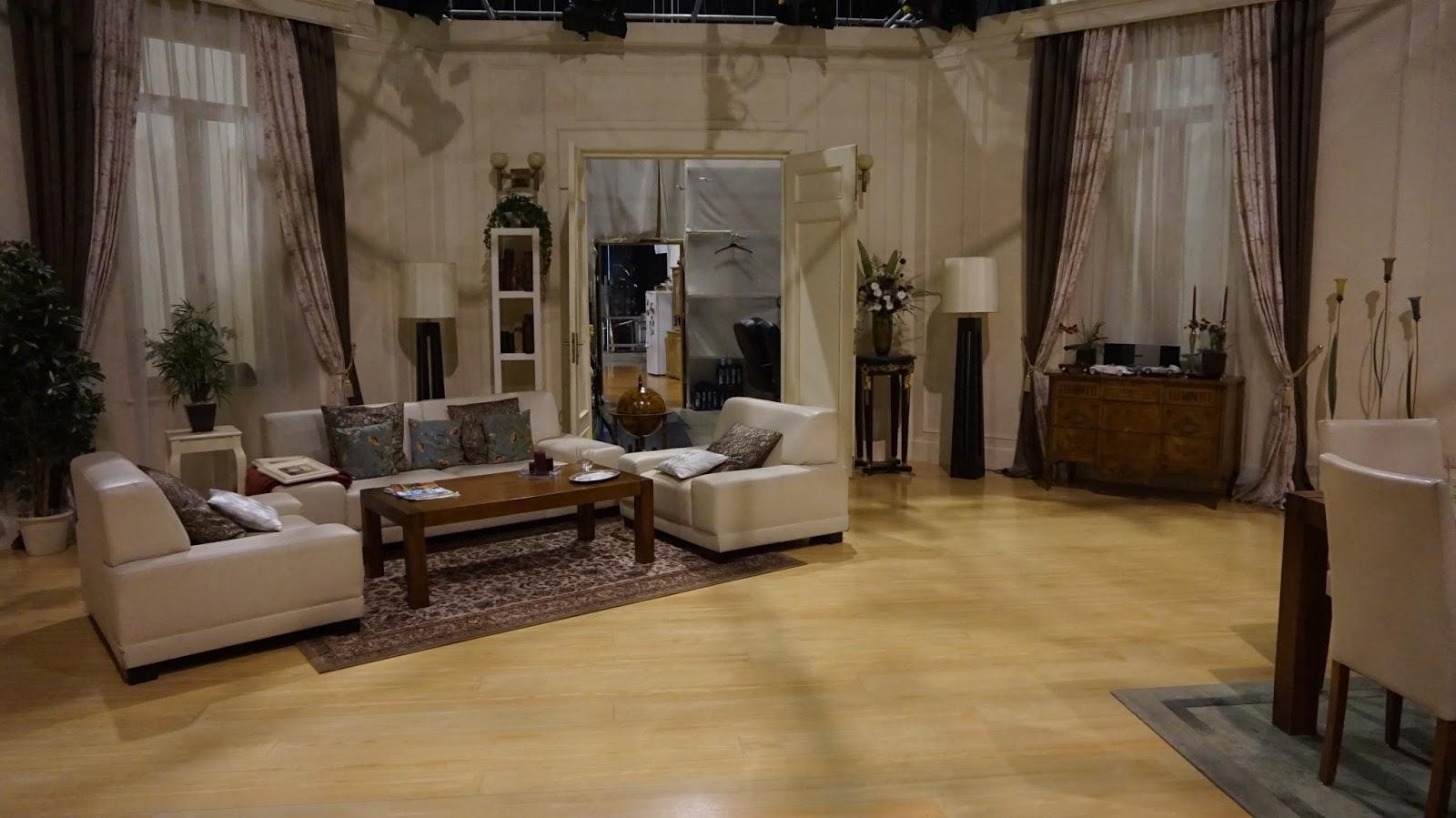 video sturm der liebe studiof hrung f rstenhof mit isabella h bner anderswohin. Black Bedroom Furniture Sets. Home Design Ideas