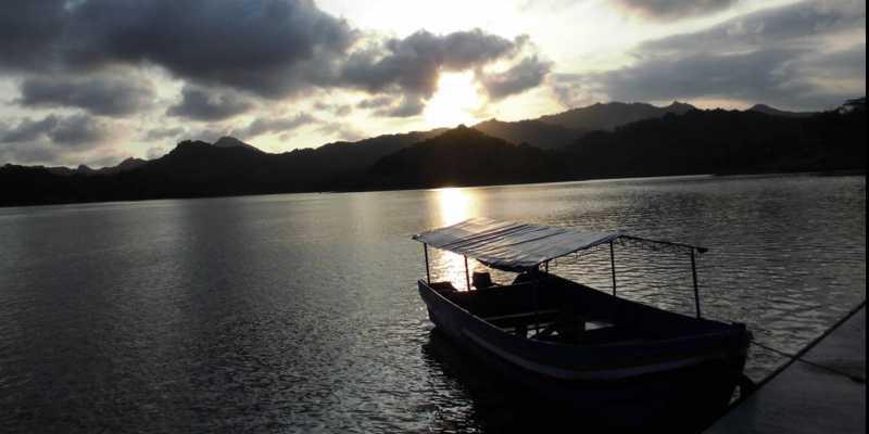 Waduk Sermo: Bendungan Buatan Terbaik di Indonesia