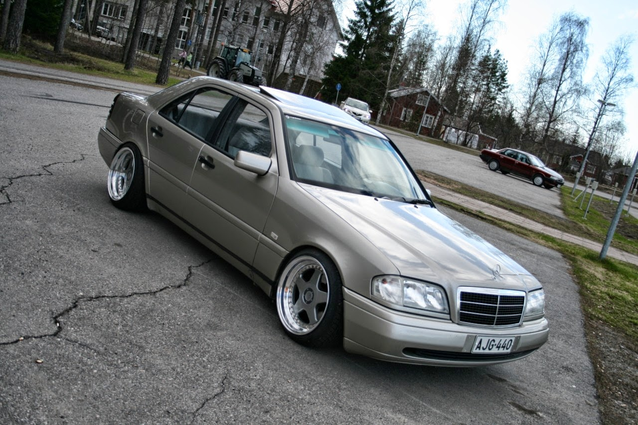 Mercedes benz w202 c220d stance style benztuning for Mercedes benz tuning