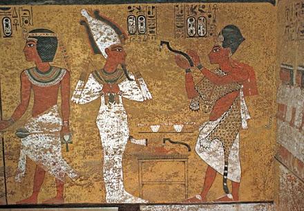 Apertura de la Boca: El templo por un lado, el rey títere por otro y el objetivo en medio