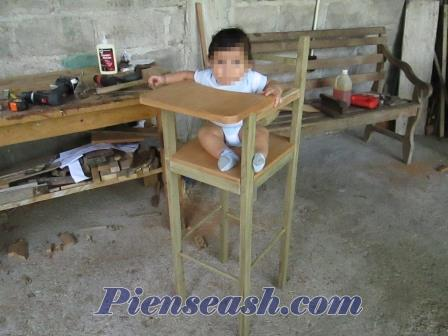 C mo hacer una silla para que coma el beb periquera for Sillas para que los bebes aprendan a sentarse