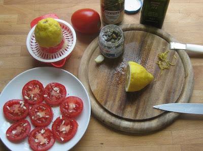 Zutaten Tomate mit Kapern und Zitrone