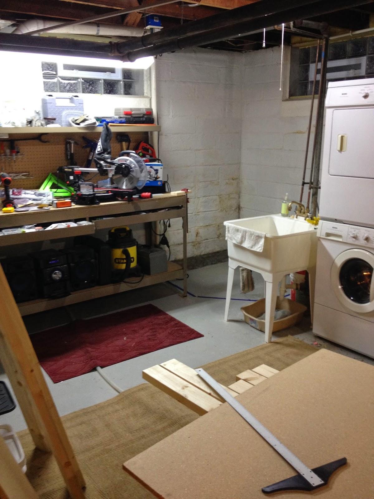 Kendal lynn designs diy corner work bench for Room design zug