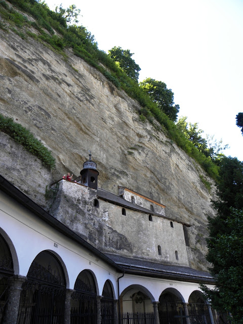 Petersfriedhof Catacomben Salzburg