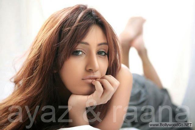 Mathira+hot+(13)