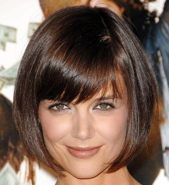 Contoh potongan model rambut pendek untuk wajah bulat