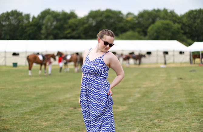 blue white zigzag maxi dress