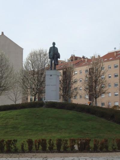 popular checo condón cerca de Salamanca