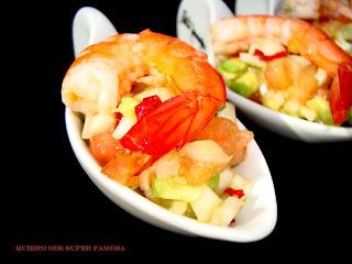 http://cosas-mias-y-demas.blogspot.com.es/2012/02/aperitivo-de-langostinos-con-lima-y.html
