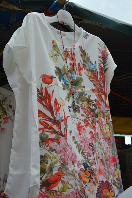 Pagoda Street Singapore cloths