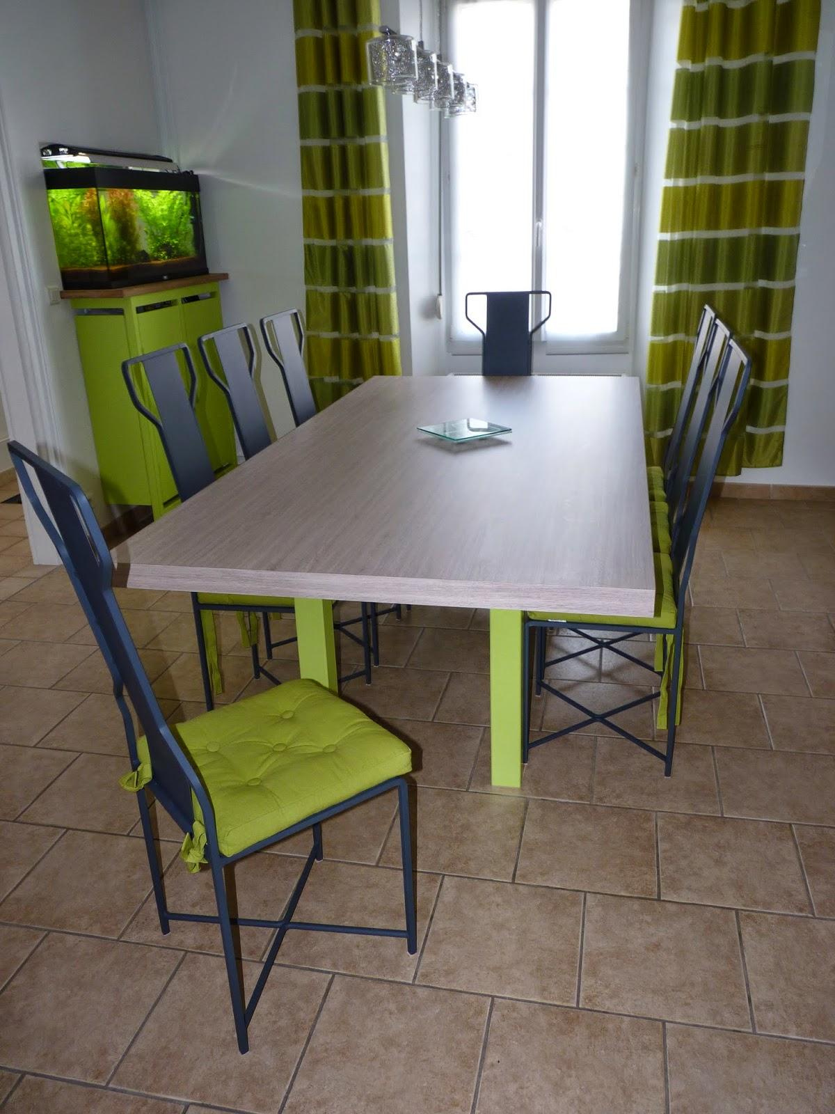 M tallerie vincent table de salle manger et chaises for Fabrication d une table de salle a manger