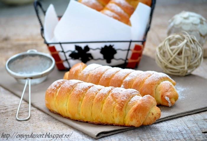 Pariziene cu branza dulce si stafide