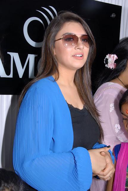South Actress Hansika New Glamorous Hd Pics