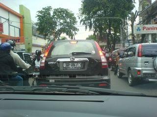 plat mobil aneh di indonesia   berita aneh dan unik di dunia