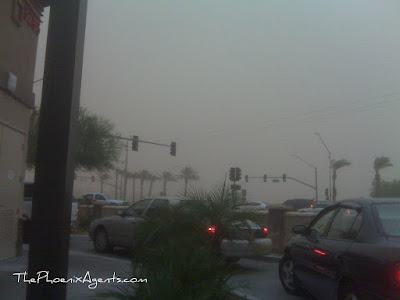 a massive dust storm rolls through phoenix