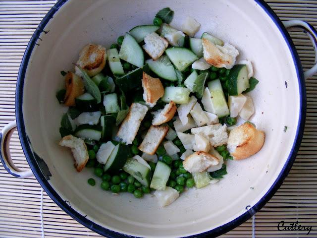 Šalát fatuš s jarnou zeleninou