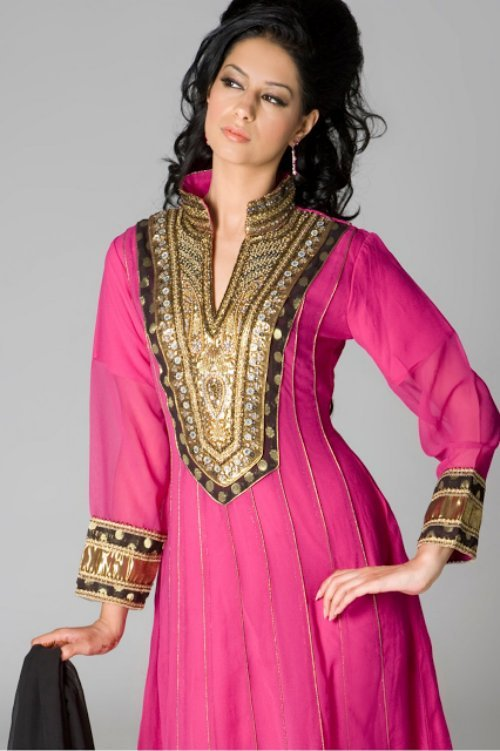 Hairstyles For Short Hair On Salwar Suits : Shalwar Kameez with Neck Designs 2013-14 Collection - Fashion Photos ...