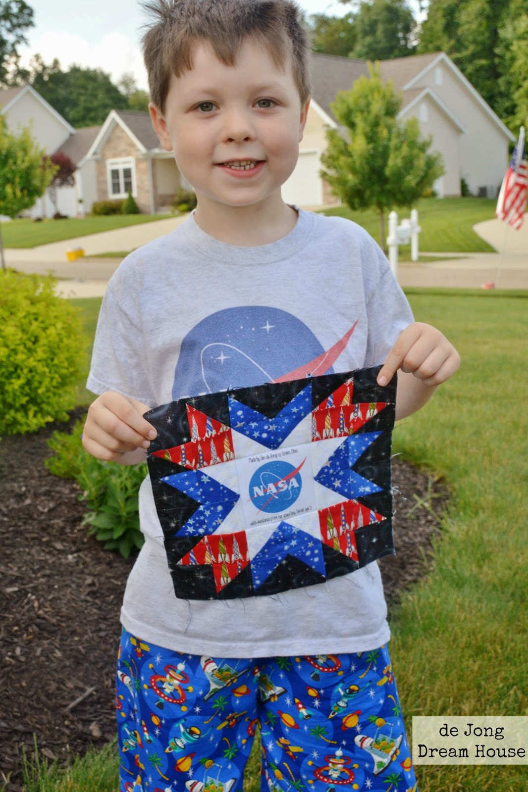 Astronomical Quilt Block Challenge by de Jong Dream House