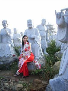 Stone Buddha statues (La Hán)