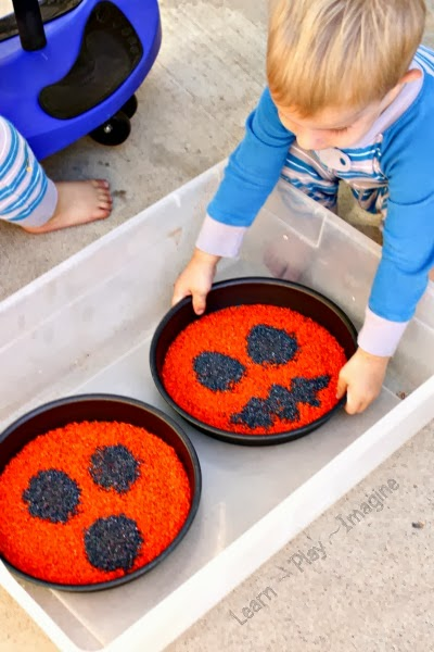 Pumpkin spice rice for sensory play