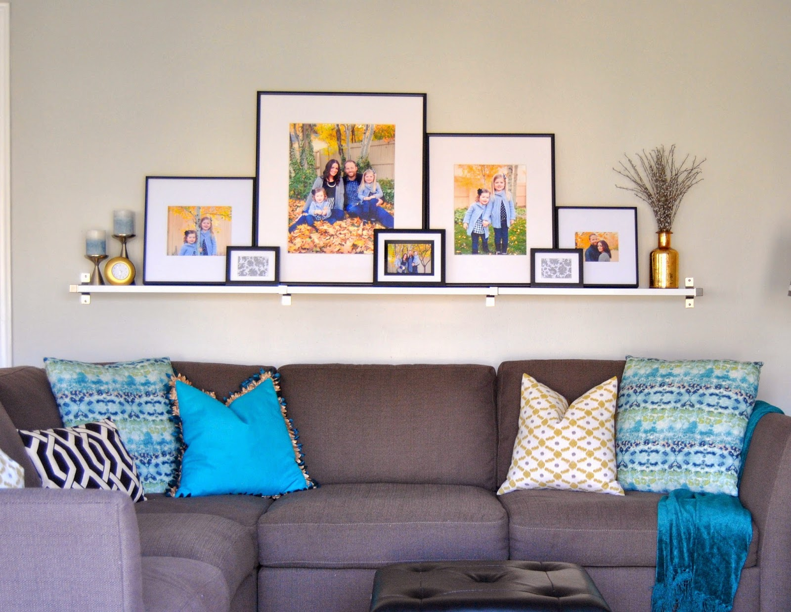 Studio 7 interior design the trick to the perfect for Gallery wall shelves