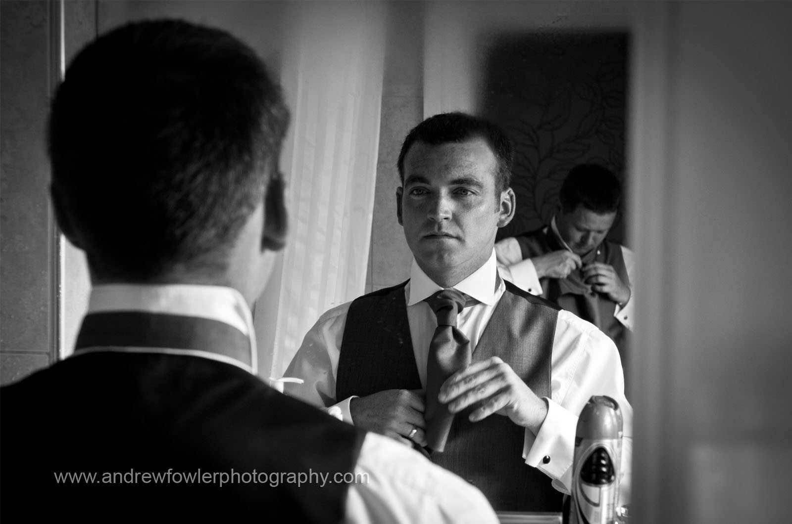 http://1.bp.blogspot.com/-I6_MJdejXug/TdrRrCriEGI/AAAAAAAABHw/TsDK7IJGvwM/s1600/Bridge_Inn_Wedding_04.jpg