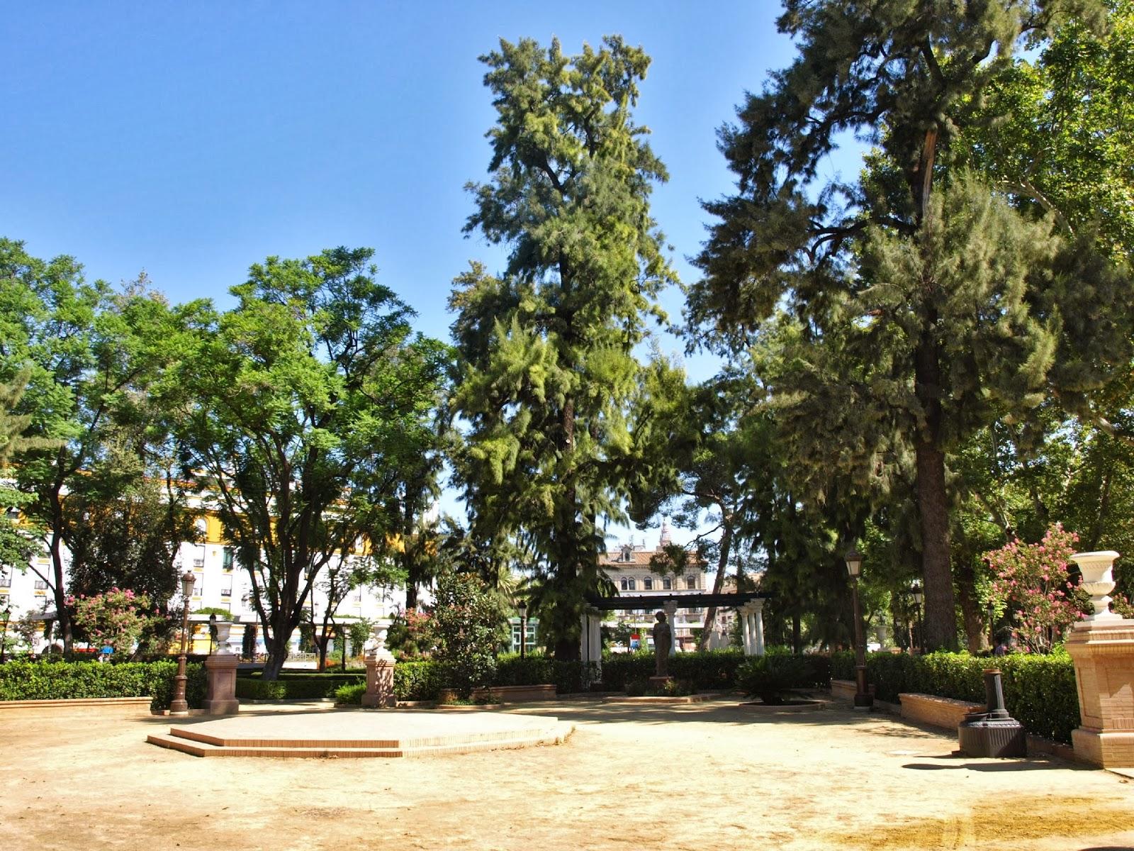 Sevilla daily photo los jardines de la reina cristina 6 for Letras gijon jardines de la reina