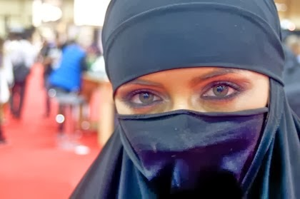 Latest+Hijab+Female+HD+Pictures+And+Wallpapers+2013 2014010
