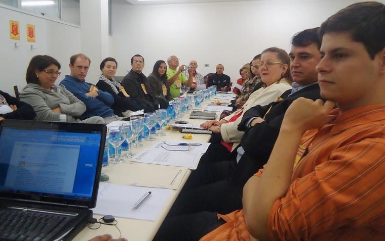 Conversa entre amigos do Foclore e da Cultura Popular no Brasil