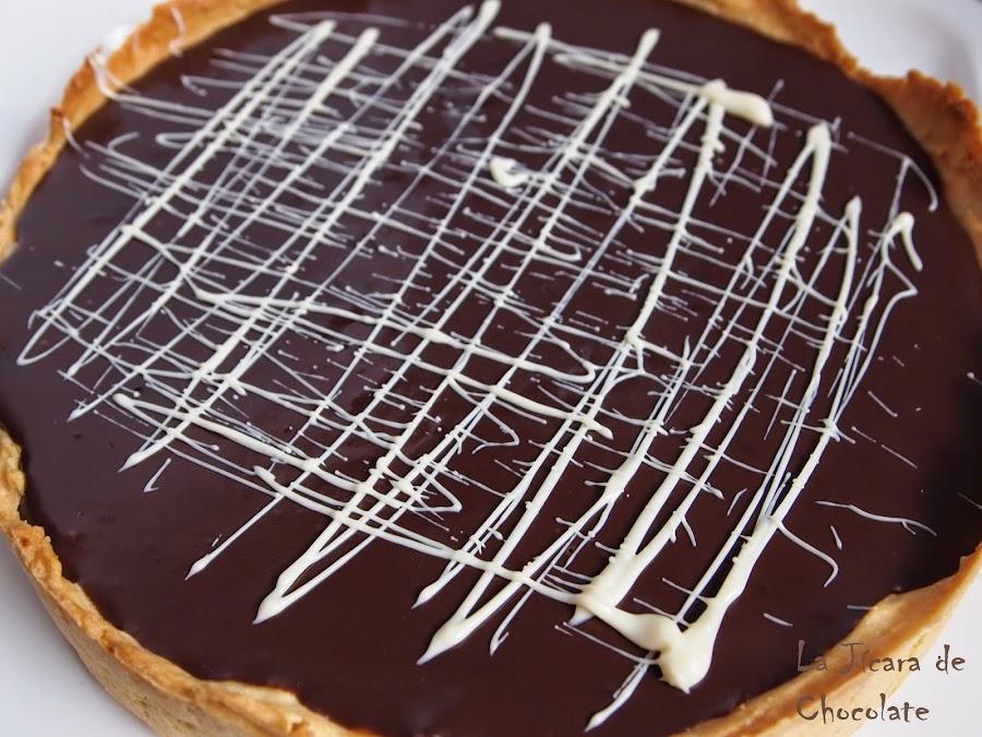 Tarta de chocolate, avellanas y caramelo salado con y sin gluten. ¡Buenísima!