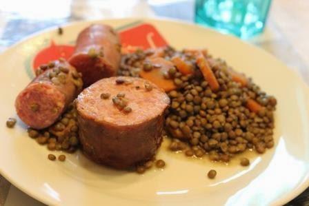 La cuisine de christelle lentilles aux saucisses - Cuisiner lentilles seches ...