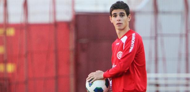 Oscar vai para o São Paulo ou fica no Internacional?