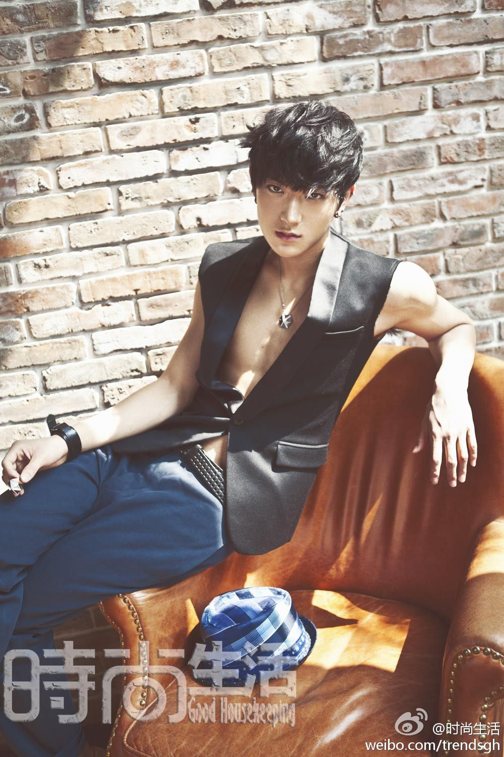 EXO M for FL Magazine - oh my~ Tao looks so cool~ >o